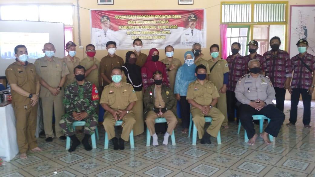 Sosialisasi Kegiatan Desa Fokus di Desa Semanggis Raya Kecamatan Mukok Kabupaten Sanggau